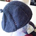 thumb_icing-swirl-hat_puno2-1.jpg